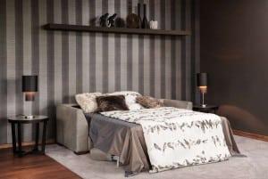 Selbst eine elegante Couch kann heute zum bequemen Gästebett werden. Foto: VDM/BW