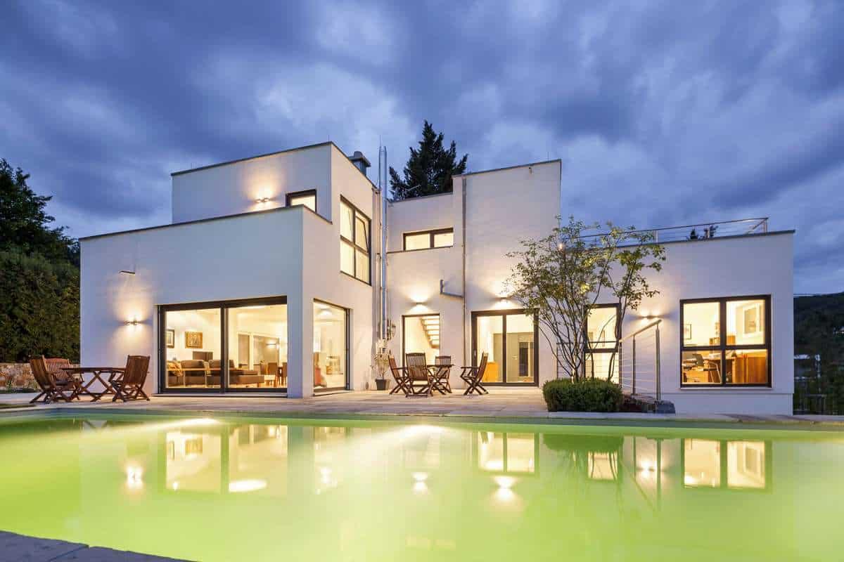 den sommer auf der terrasse genie en jetzt auf immobilien und hausbau. Black Bedroom Furniture Sets. Home Design Ideas