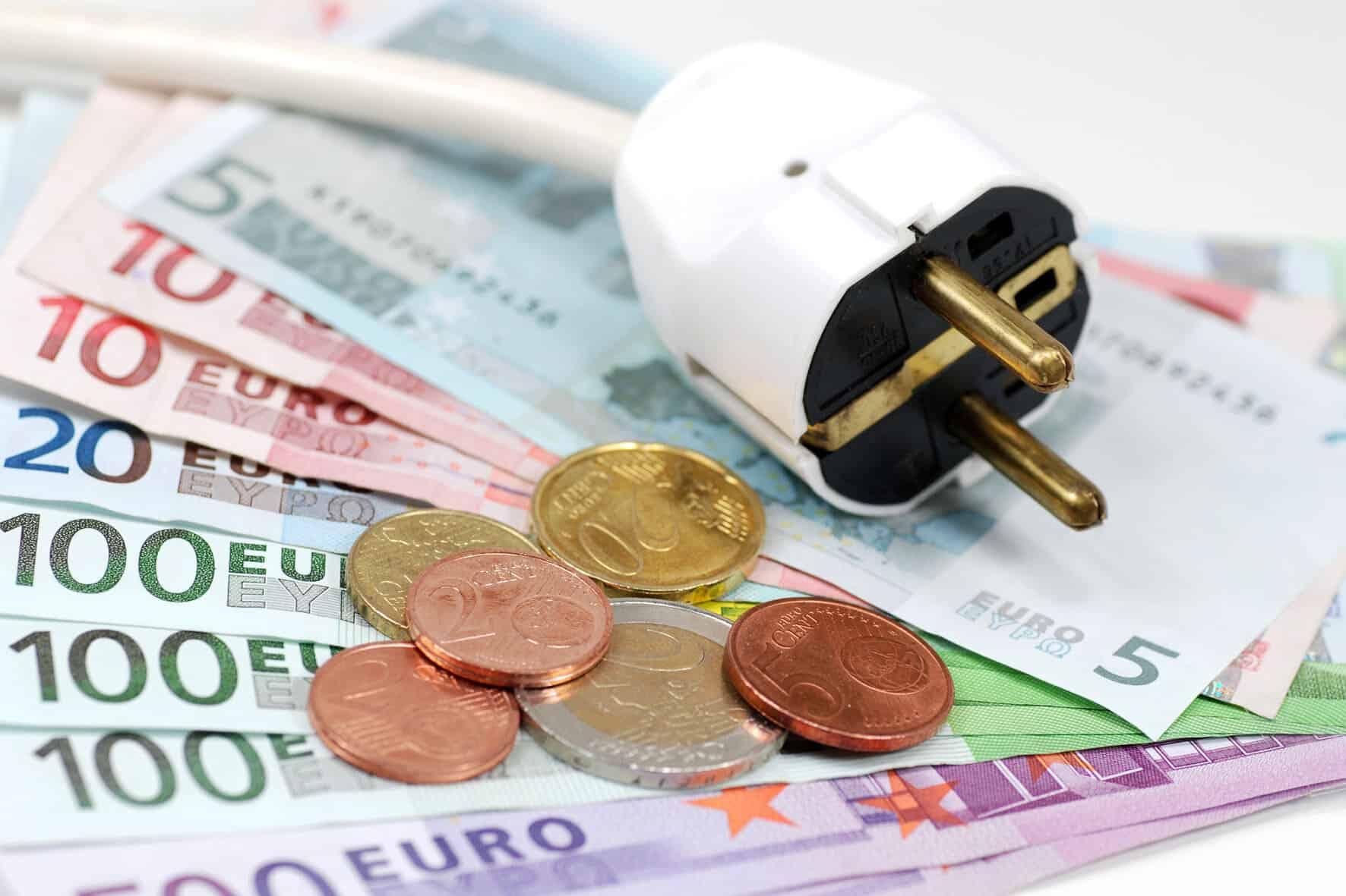Stromvergleich mit dem passenden stromtarif kann man bis for Ecksofa bis 300 euro