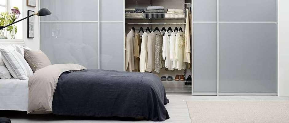 kleiderschrank im neuen glanz jetzt auf immobilien und hausbau. Black Bedroom Furniture Sets. Home Design Ideas