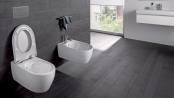 Spülrandlose WCs lassen sich leicht reinigen und sind im Badneubau heute fast zum Standard geworden. Foto: djd/Keramag