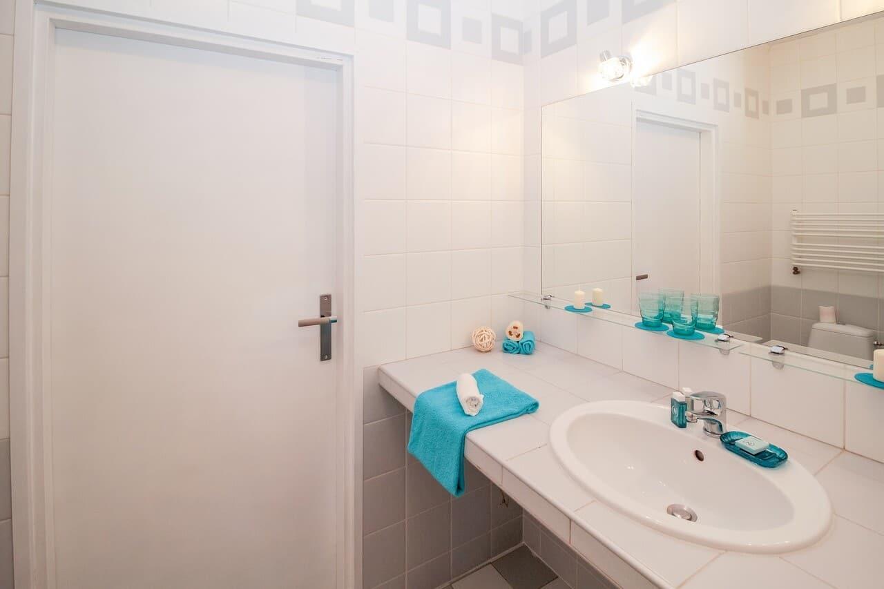 Schimmel im Badezimmer vermeiden