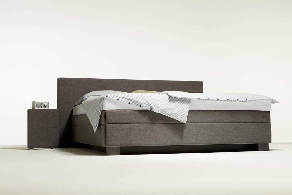 im wasserbett zur ruhe finden jetzt auf immobilien und hausbau. Black Bedroom Furniture Sets. Home Design Ideas