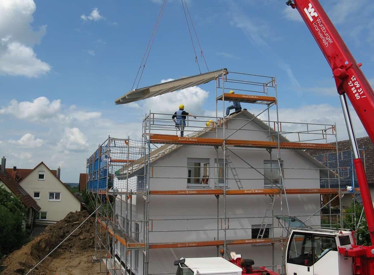 Baustelle vor der Bauendreinigung nach dem Hausbau