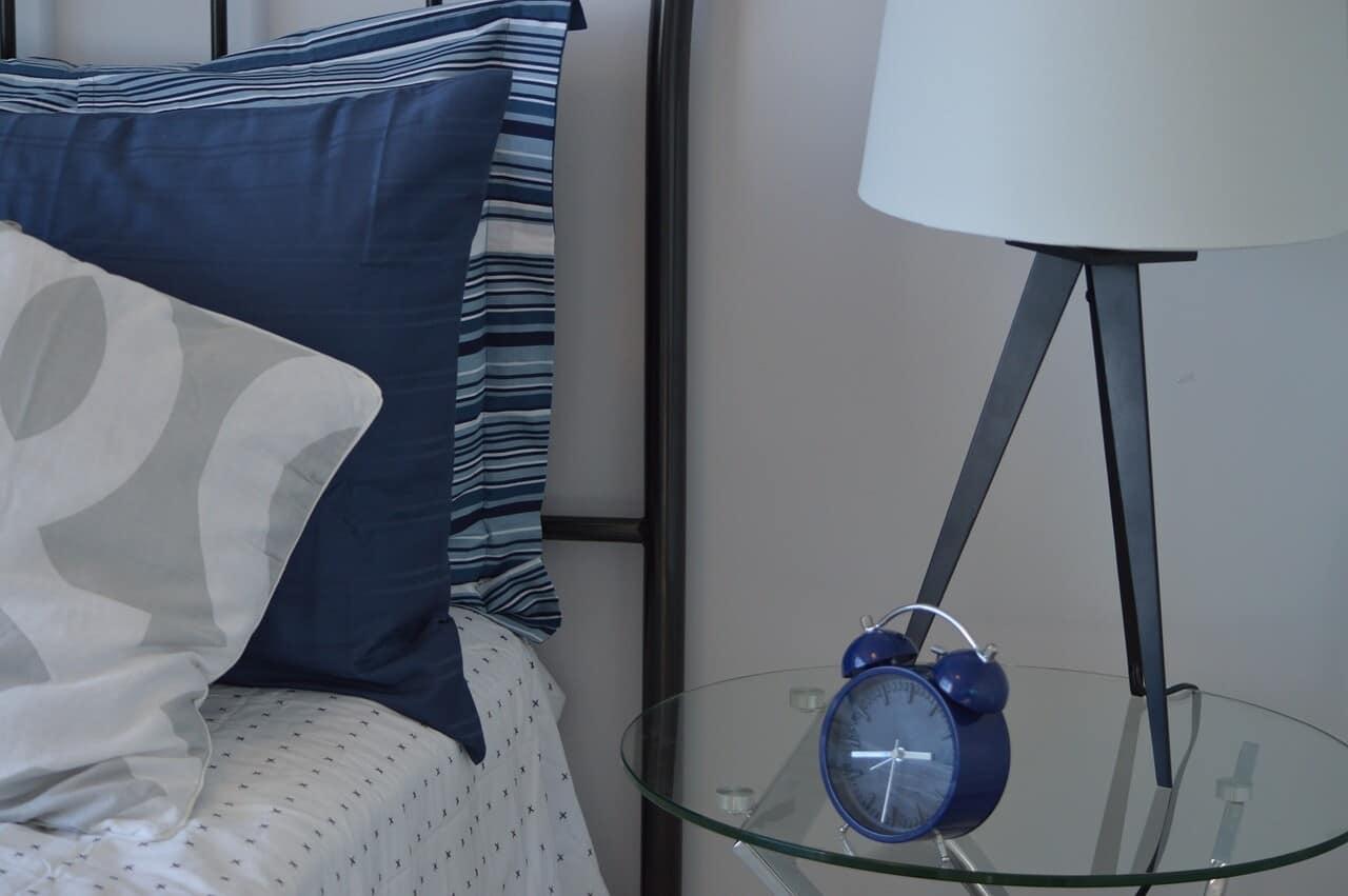 Passende lampen sorgen f r ein wohlf hlambiente im - Schlafzimmer nachttischlampe ...