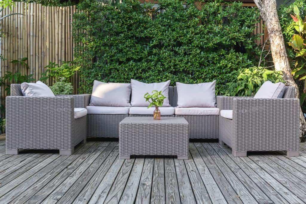Terrasse mit Holzdielen