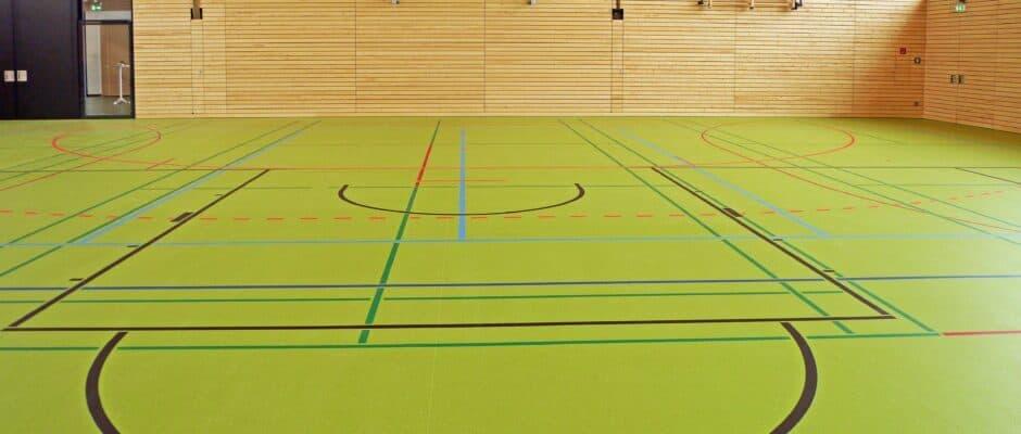 Sporthallen und Kalthallen bauen mit den Experten